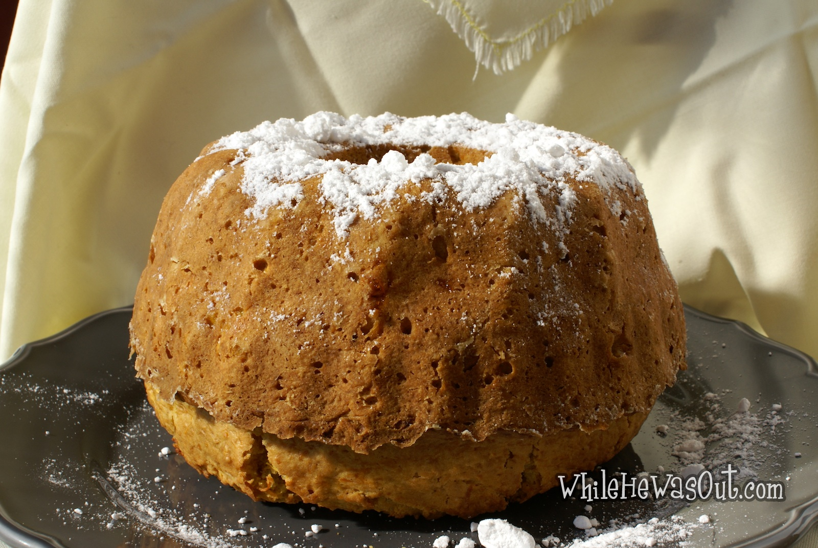 Rich and Savory Pumpkin Bundt Cake