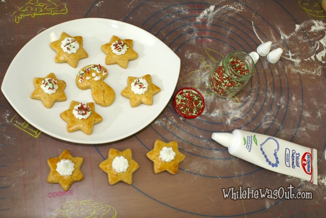 Gingerbread_Cookies  09