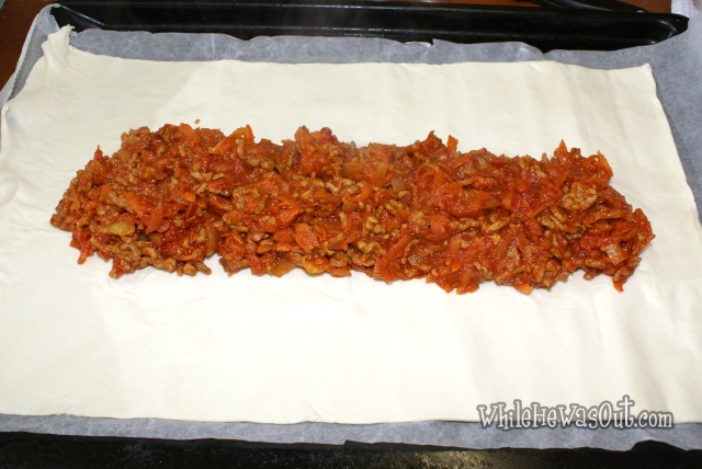 Bolognese_Puff_Pastry_Braid  06