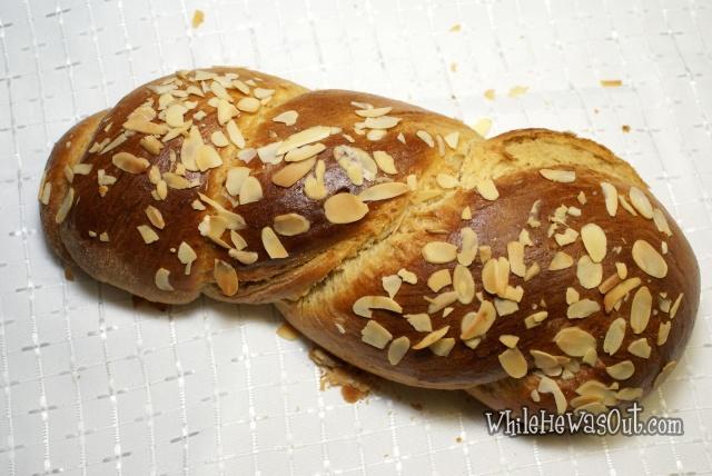 Greek_Easter_Twisted_Sweet_Bread  06