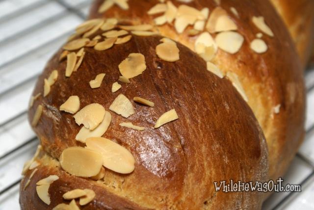 Greek_Easter_Twisted_Sweet_Bread  07
