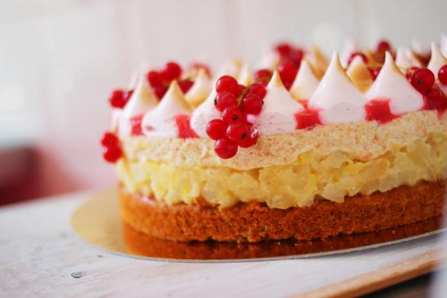 Cake_of_Hungary_2013_2