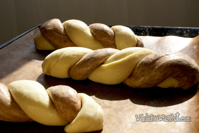 Cocoa_Braided_Sweet_Bread  02