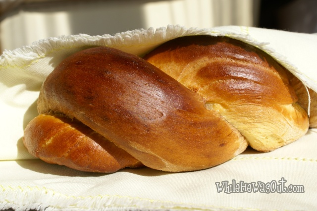 Cocoa_Braided_Sweet_Bread  05