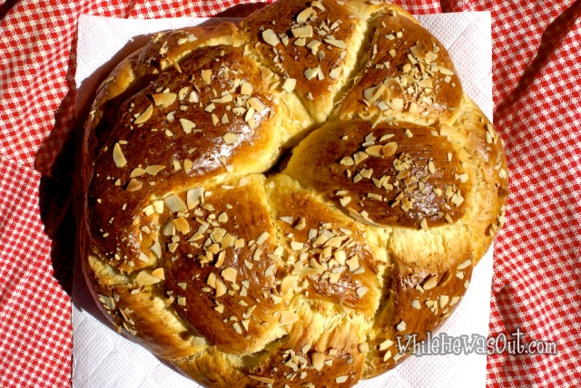Easter_Almond_Braid