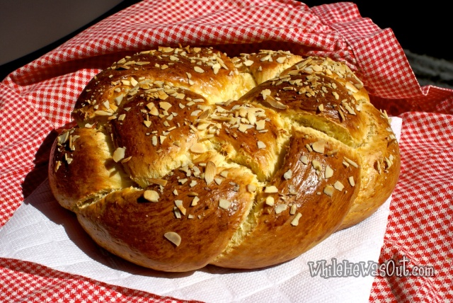 Easter_Almond_Braid_4